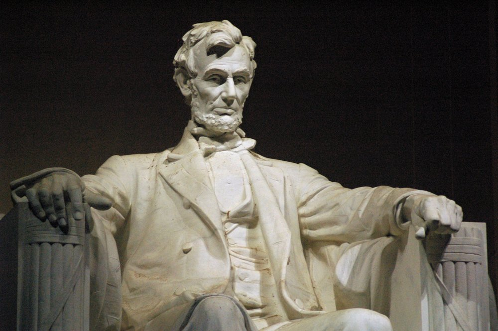 Daniel Chester French's sculpture of Abraham Lincoln for the Lincoln Memorial. Photograph by Jeff Kubina.