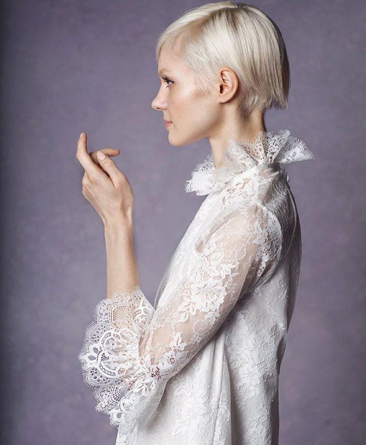 "Hello gorgeous details ✨✨✨ ""Robyn"" Mini Dress look #2 #bridalmarket this Friday LES 💌 info@tatyanamerenyuk.com for more info, xoxo #tatyanamerenyuk #tatyanamerenyukbridal #whimsy #fashion #style #stylish #cute #tatyanamerenyukbridal #hair #beauty #beautiful #pretty #design #bridaldress #dress #wedding #weddingdress #bohochick #boho #whitedress #weddinginsporation #lace #о#bride #nycdesigner #brooklyndesigner #bridal #brooklynbride"