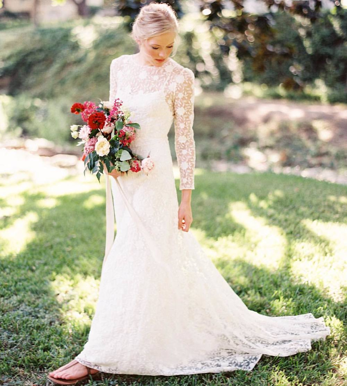 Adore this image by the Amazing @kaylabarkerphoto with @bowsandarrowsflowers captured so beautifully….I truly love it so much 😍 it's totally my kinda bride…inspired by the France trip✨✨✨have a good one! #tatyanamerenyuk #tatyanamerenyukbridal #fashion #style #stylish #cute #tatyanamerenyukbridal #hair #beauty #beautiful #pretty #design #bridaldress #dress #wedding #weddingdress #bohochick #boho #whitedress #weddinginsporation #lace #bohemianwedding #bride #nycdesigner #brooklyndesigner #bridal #brooklynbride