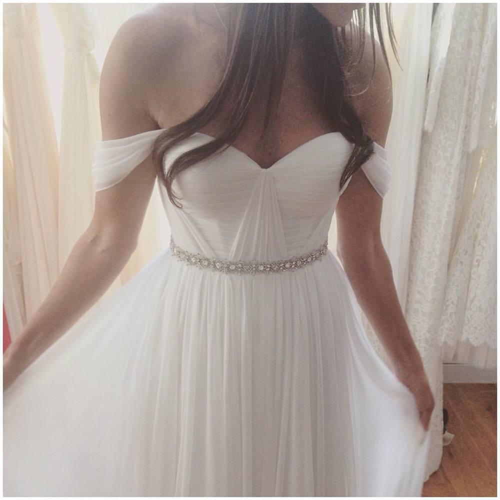 Loving the beautiful details this Glorious Sunday Morning ✨✨✨ #tatyanamerenyuk #tatyanamerenyukbridal #fashion #style #stylish #cute #tatyanamerenyukbridal #hair #beauty #beautiful #pretty #design #bridaldress #dress #wedding #weddingdress #bohochick #boho #whitedress #weddinginsporation #lace #bohemianwedding #bride #nycdesigner #brooklyndesigner #bridal #brooklynbride