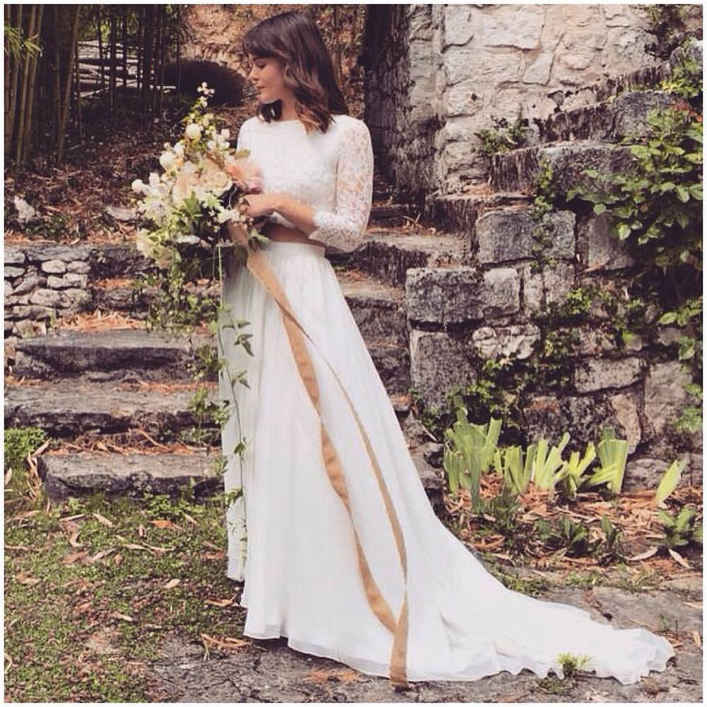 The magic in France and #kaylabarkerworkshop 🌸🌸🌸 @bowsandarrowsflowers @silkandwillow gosh this is so pretty… Happy Sunday! #tatyanamerenyuk #tatyanamerenyukbridal #fashion #style #stylish #cute #tatyanamerenyukbridal #hair #beauty #beautiful #pretty #design #bridaldress #dress #wedding #weddingdress #bohochick #boho #whitedress #weddinginsporation #lace #bohemianwedding #bride #nycdesigner #brooklyndesigner #bridal #brooklynbride #france