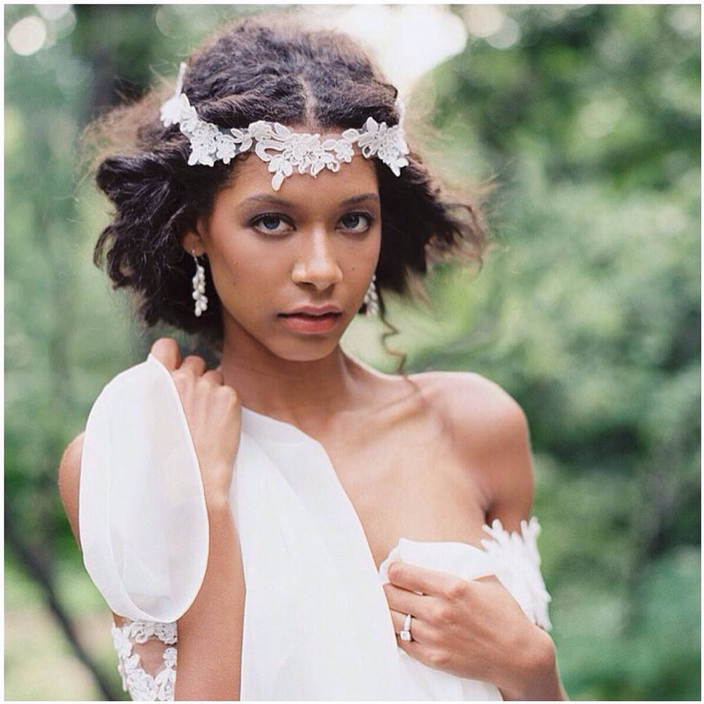 Have a beautiful Sunday ✨✨✨ #tatyanamerenyuk #tatyanamerenyukbridal #fashion #style #stylish #cute #tatyanamerenyukbridal #hair #beauty #beautiful #pretty #design #bridaldress #dress #wedding #weddingdress #bohochick #boho #whitedress #weddinginsporation #lace #bohemianwedding #bride #nycdesigner #brooklyndesigner #bridal #brooklynbride