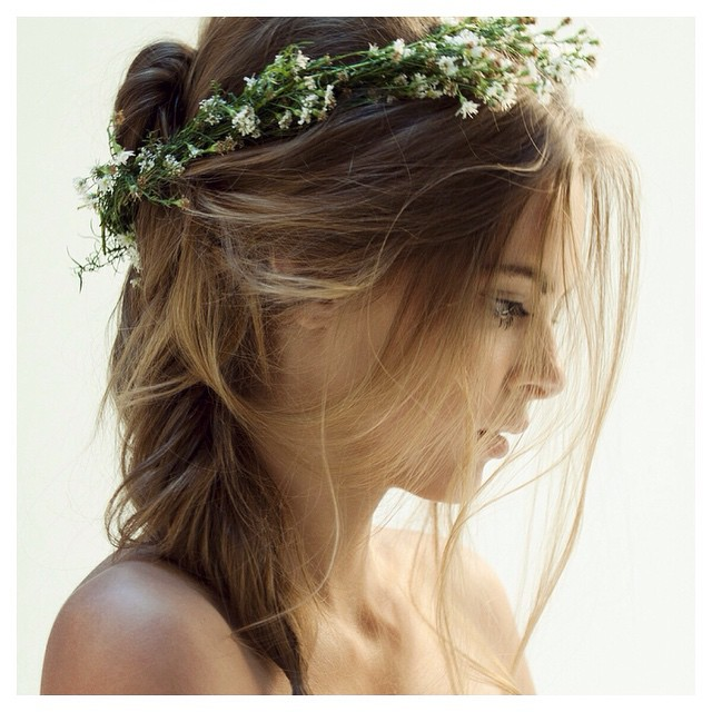 This look please🙏 #insporation perfection in every way! #tatyanamerenyuk #tatyanamerenyukbridal #fashion #style #stylish #cute #tatyanamerenyukbridal #hair #beauty #beautiful #instagood #pretty #design #bridaldress #dress #wedding #bohochick #boho #weddinginsporation #lace #bohemianwedding #bride #nycdesigner #bridal