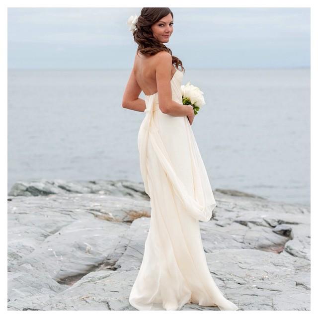 Jenny💕 my gorgeous bride in Ivory gown….Beauty #tatyanamerenyuk #tatyanamerenyukbridal #fashion #style #stylish #cute #tatyanamerenyukbridal #hair #beauty #beautiful #instagood #pretty #design #bridaldress #dress #wedding #weddingdress #bohochick #boho #whitedress #weddinginsporation #lace #bohemianwedding #bride #nycdesigner #californiabride #bridal #californiawedding