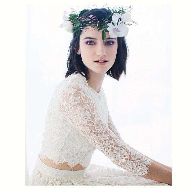 Happy Sunday 🌸🌸🌸 thank you for this lovley detail shot @glossedandfound ! #tatyanamerenyuk #tatyanamerenyukbridal #fashion #style #stylish #cute #tatyanamerenyukbridal #hair #beauty #beautiful #instagood #pretty #design #bridaldress #dress #wedding #weddingdress #bohochick #boho #whitedress #weddinginsporation #lace #bohemianwedding #bride #nycdesigner #californiabride #bridal #californiawedding
