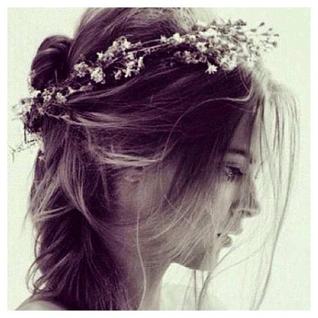 Feeling oh so inspired by this shot and the hair…🌸 #tatyanamerenyuk #tatyanamerenyukbridal #fashion #style #stylish #cute #tatyanamerenyukbridal #hair #beauty #beautiful #instagood #pretty #design #bridaldress #dress #wedding #weddingdress #bohochick #boho #whitedress #weddinginsporation #lace #bohemianwedding #bride #nycdesigner #californiabride #bridal #californiawedding