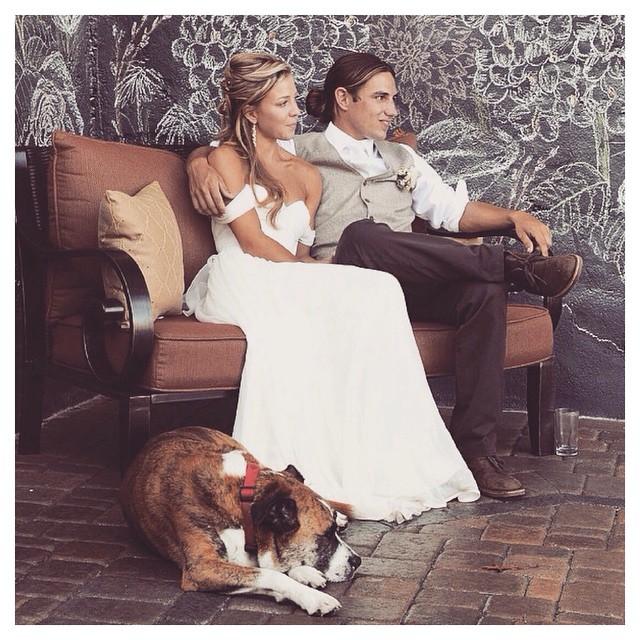 Must love dogs ❤️🐶❤️ @sarahjeanbean sitting pretty with her lovely family! #tatyanamerenyuk #fashion #style #stylish #cute #tatyanamerenyukbridal #hair #beauty #beautiful #instagood #pretty #design #bridaldress #dress #wedding #weddingdress #bohochick #boho #whitedress #weddinginsporation #lace #bohemianwedding #bride #nycdesigner #californiabride #bridal #dog