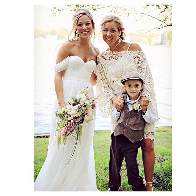 Just sooo lovley💕✨✨ @sarahjeanbean #tatyanamerenyuk #tatyanamerenyukdesigns #fashion #style #stylish #cute #tatyanamerenyukbridal #hair #beauty #beautiful #instagood #pretty #design #bridaldress #dress #wedding #weddingdress #bohochick #boho #whitedress #weddinginsporation #lace #bohemianwedding #bride #nycdesigner #Beachbabe #surferbabe
