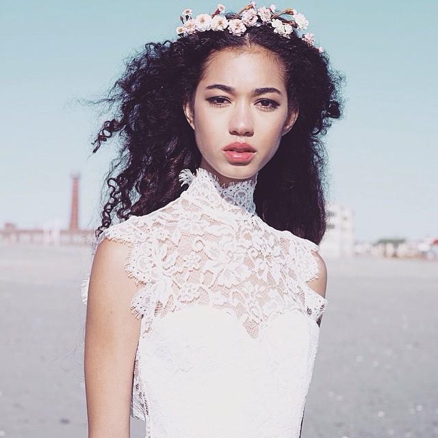 Have a beautiful Sunday! Enjoy the Grammys ☺️ #tatyanamerenyuk #tatyanamerenyukdesigns #fashion #style #stylish #cute #photooftheday #hair #beauty #beautiful #instagood #pretty #design #model #dress #wedding #weddingdress #bohochick #boho #whitedress #weddinginsporation #lace #bohemianwedding #bride #nycdesigner
