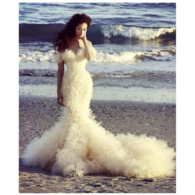 My newest cloud gown…✨loves!!!! #tatyanamerenyuk #tatyanamerenyukbridal #bohobride #boho #bohemian #bohochick #bohemianwedding #wedding #weddingdress #weddinginspiration #bride #fashion #dress #whitedress #nycdesigner #bridaldress #beach #handmade #nycdesigner #model