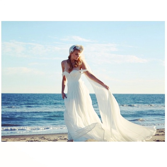 Loving this image… The sea the waves, the way the fabric moves…my gorgeous bride! The Dress by yours truly❤️ have a lovely weekend! #tatyanamerenyuk #tatyanamerenyukbridal #bohobride #boho #bohemian #bohochick #bohemianwedding #wedding #weddingdress #weddinginspiration #bride #fashion #dress #whitedress #nycdesigner #bridaldress #handmade #nycdesigner #beachwedding #ocean