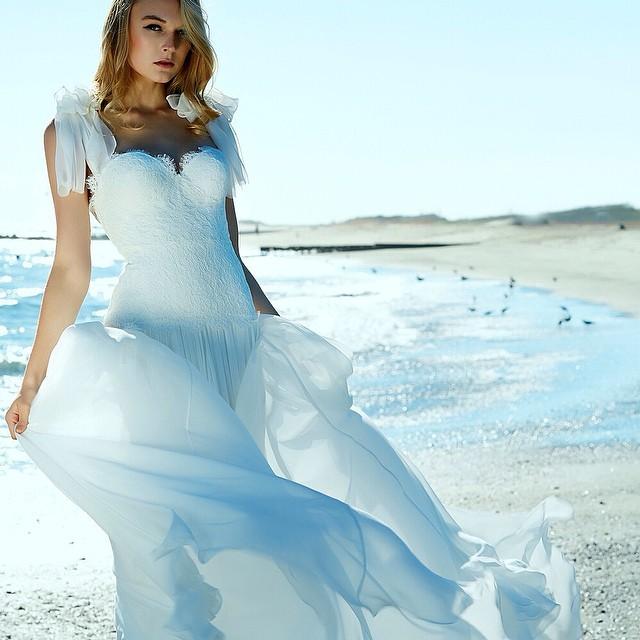 Absolute gorgeousness! Adore this lace bodice with silk chiffon skirt….#tatyanamerenyukbridal #tatyanamerenyuk #boho #beach #bohemian #bohobride #bohochick #bohemianwedding #bohemianbride #wedding #weddingdress #weddinginsporation #whitedress #fashion #dress #handmade #nycdesigner #model #instagood