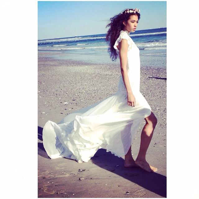 My glorious @dakota_madison 😍just no words how stunning this girl is! Sneak peak🙈. #tatyanamerenyuk #tatyanamerenyukbridal #wedding #whitedress #weddingdress #weddinginspiration #boho #beach #bride #bohobride #bohochick #bridaldress #beachwedding #fashion #nycdesigner