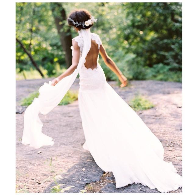 Happy summer days🌸… #tatyanamerenyukbridal #boho #bohobride #bohochick #wedding #weddingdress #weddinginspiration #whitedress #dress #fashion #flowers #nycdesigner #handmade #lace #love
