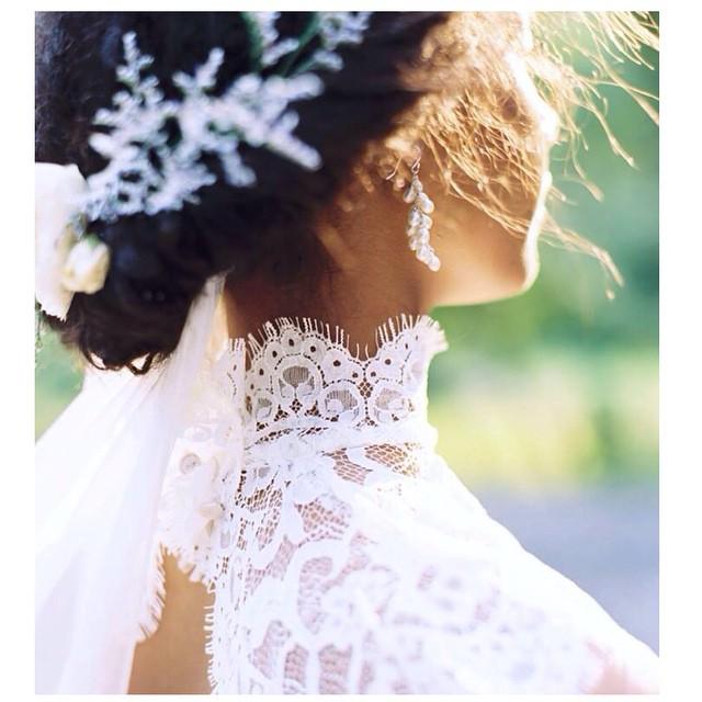 It's all in the details… And Sunshine! New lacy designs on the way:). #tatyanamerenyukbridal #dress #model #pretty #boho #bohobride #bohochick #beautiful #girl #whitedress #weddingdress #wedding #weddinginspiration #pearl #handmade #lace #lacedress #fashion #flowers
