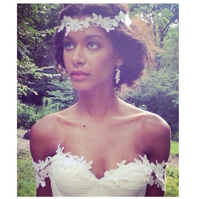 What a beauty! A little close up👌 happy Saturday! #tatyanamerenyukbridal #bride #bridaldress #whitedress #wedding #weddingdress #bohemian #boho #bohochick #beutiful #bohobride #lace #dress #weddinginspiration #model #pretty #girl
