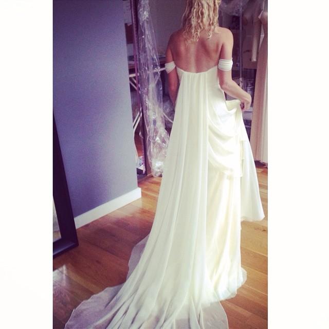 Beautiful fittings today… A little back action…in love 💕 #tatyanamerenyukbridal #boho #bride #bohobride #vintagewedding #wedding #weddingdress #whitedress #weddinginspiration #dress #pretty #bridaldress #beutiful #girl #fashion #nycdesigner