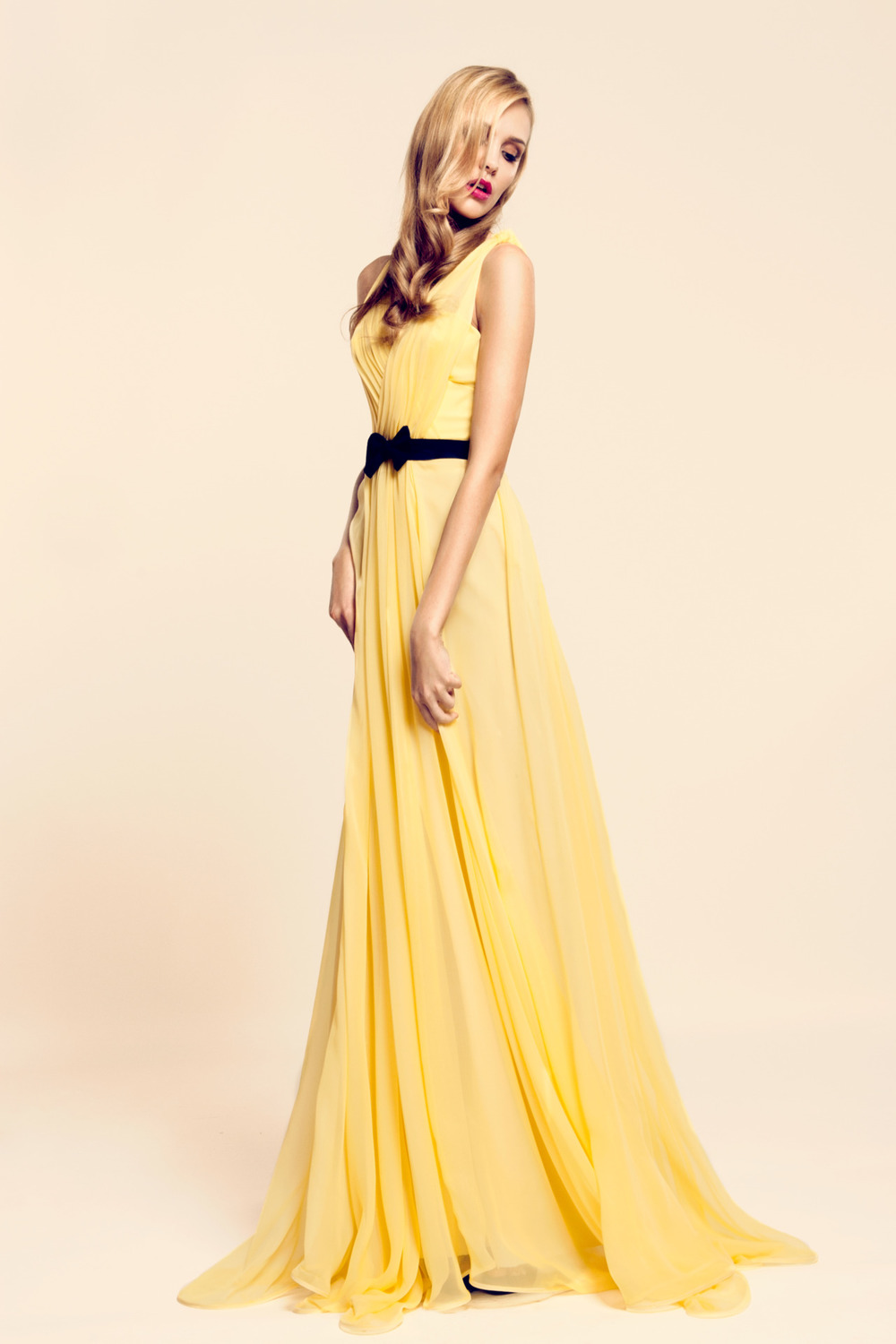 a little Yellow Canary Silk gown~ Summer 2012