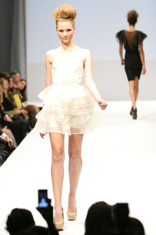 reddoll by Tatyana Merenyuk runway~