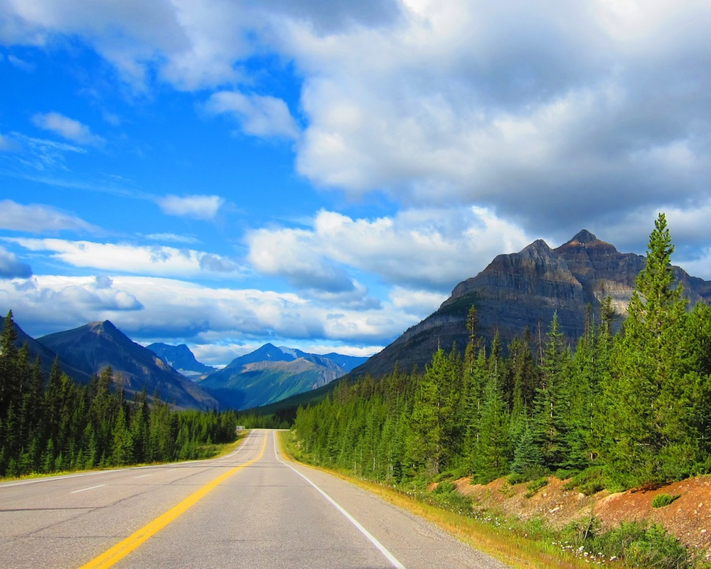 Things you should do in british columbia hike to the for Things to do on paint