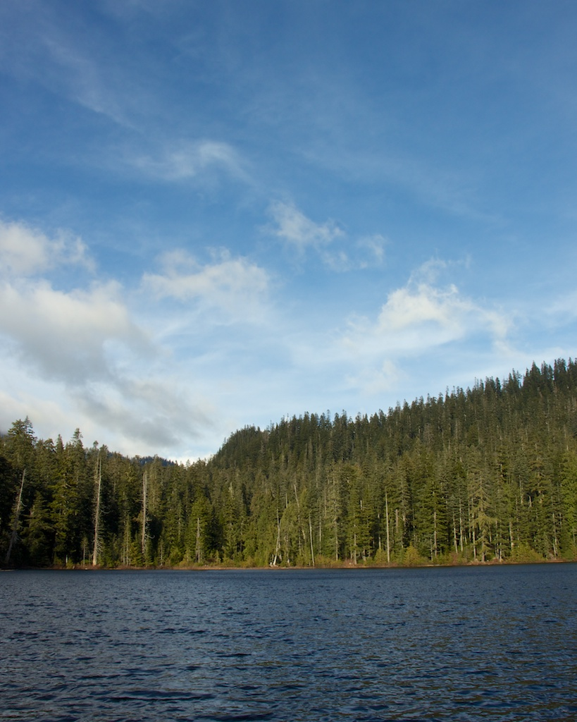 Trappings: Fall Hike to Lodge Lake in Washington's Cascades
