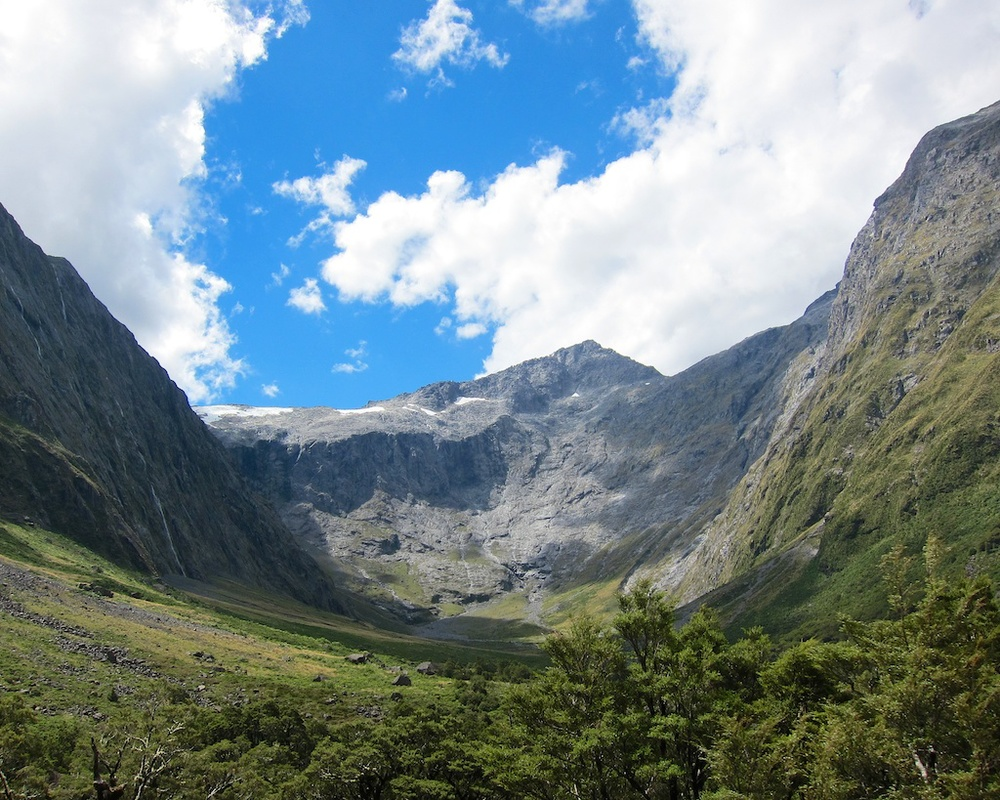 Fiordland National Park Driving Milford Road.jpg
