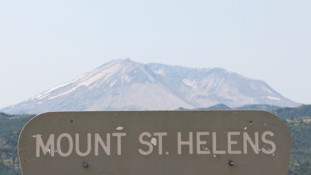 mt st helen essay example Mt st helens activity by: shayla holloway mt st helen ahead watch your step goal this concludes the activity, thanks for reading mt st helens activity.