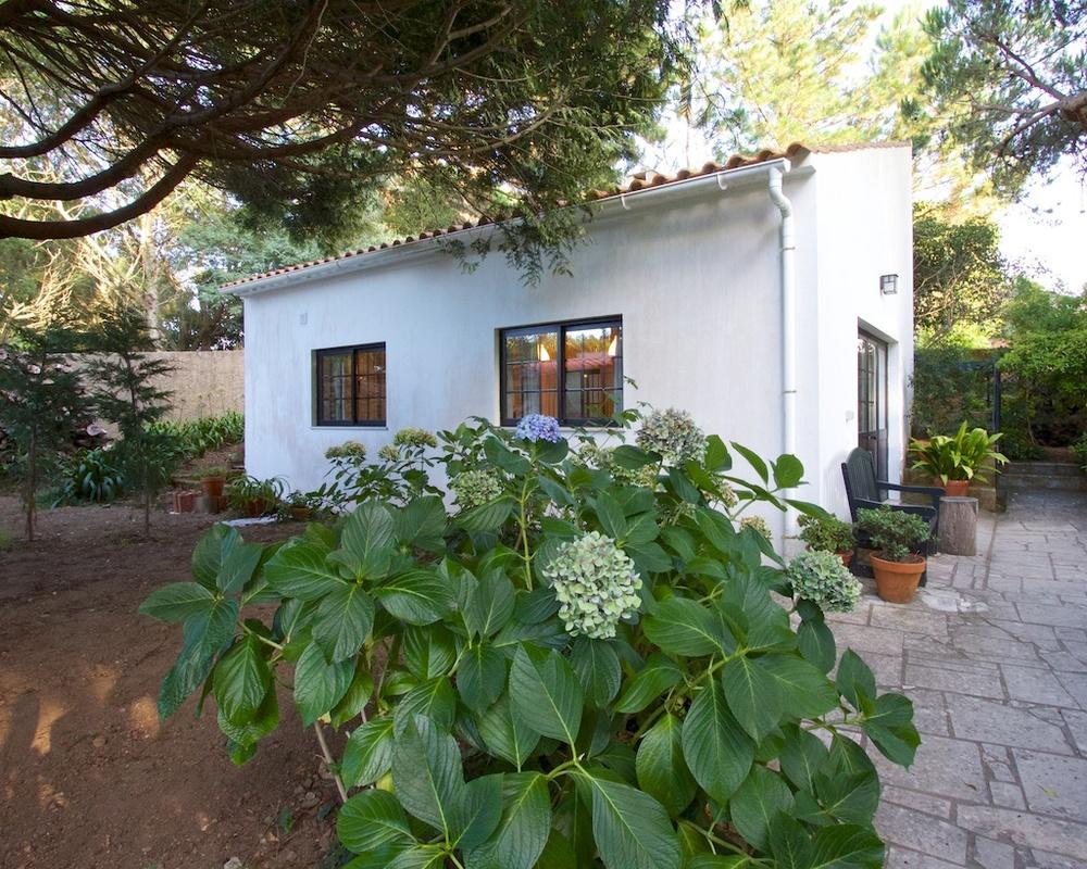 Colina Flora Rose Cottage Portugal