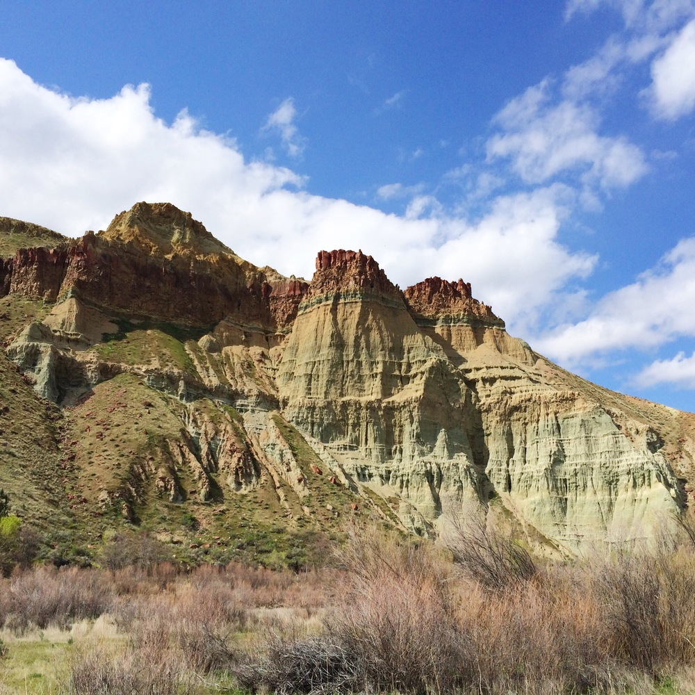 SHEEP ROCK UNIT OF JOHN DAY FOSSIL BEDS NATIONAL MONUMENT, EASTERN OREGON