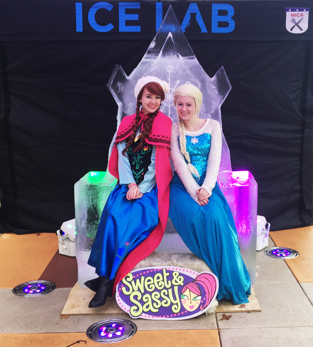 FROZEN Elsa's Throne Ice Sculpture