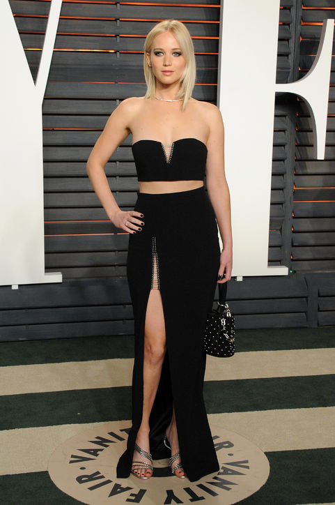 oscars-2016-after-party-jennifer-lawrence-h724.jpg