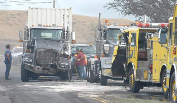 """The wreckage from a semi and fire truck collision is seen on Kawaihae Road Friday afternoon. Laura Shimabuku/West Hawaii Today"""