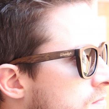 glasses-model.jpg