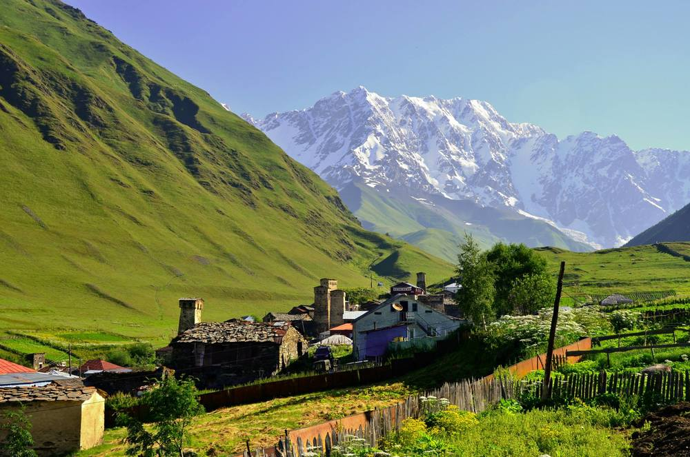 caucasus-trekkingcom.JPG