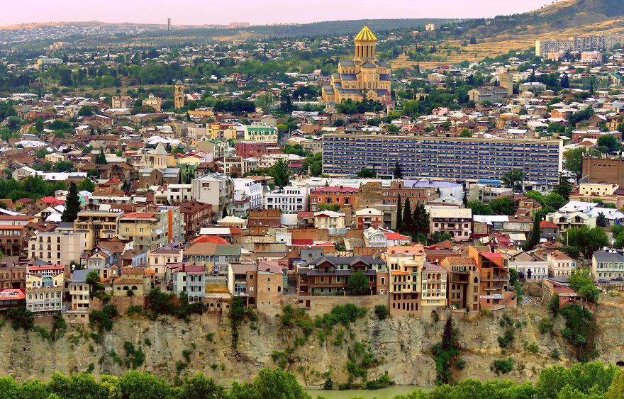 tbilisi-is-the-city-i-love-so-i-want-to-show-you-some-of-its-places-17__880.jpg