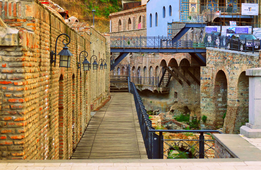 tbilisi-is-the-city-i-love-so-i-want-to-show-you-some-of-its-places-12__880.jpg
