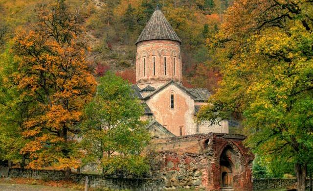 ტიმოთესუბანი-ეკლესია.jpg-შემოდგომა-640x390.jpg