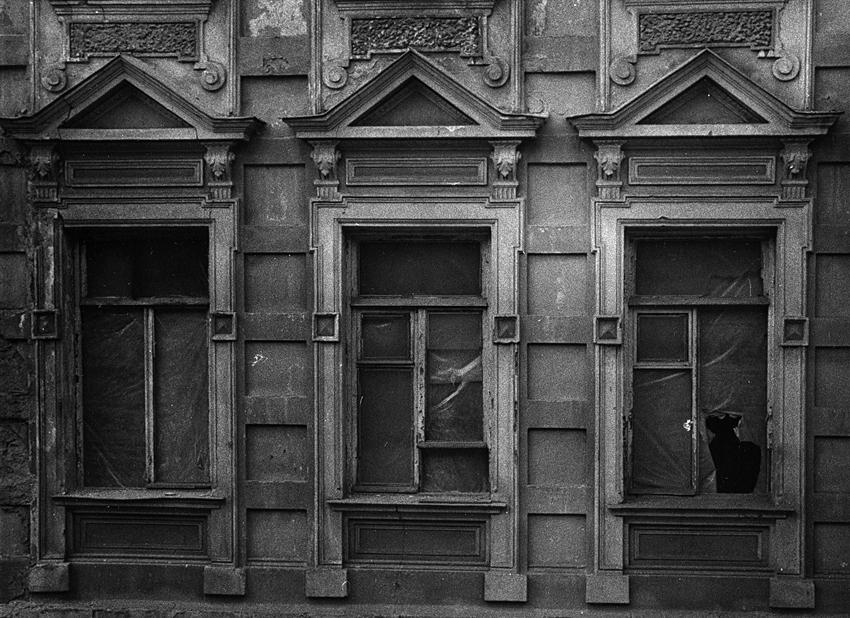 Три окна.jpg