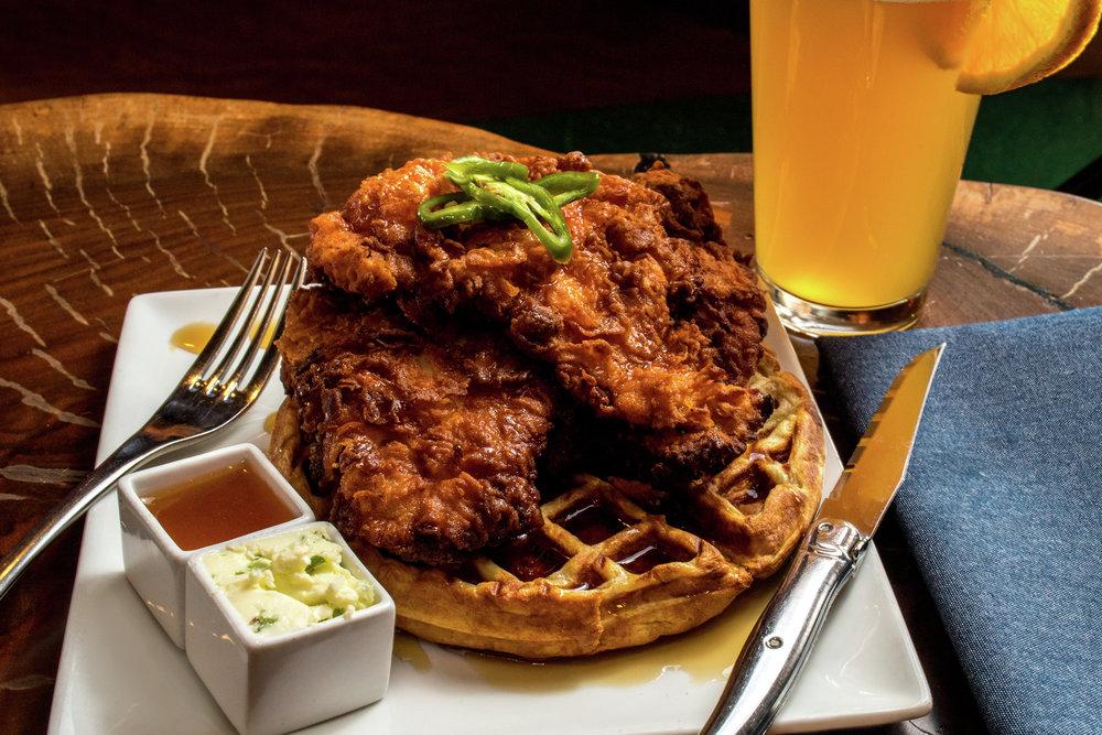 B K-Dinner-FriedChicken Waffle-2-3500x2333.jpg