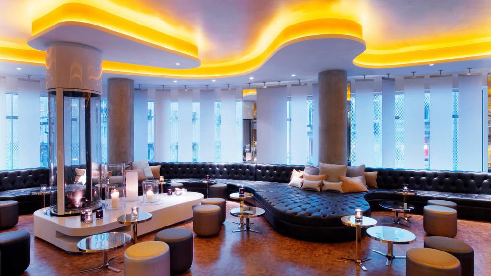 w_london_leicester_square_w_lounge_daytime.jpg