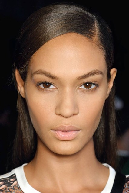 joan-smalls-beauty-vogue-18dec13-james-cochrane-jan14-p193_b_426x639.jpg
