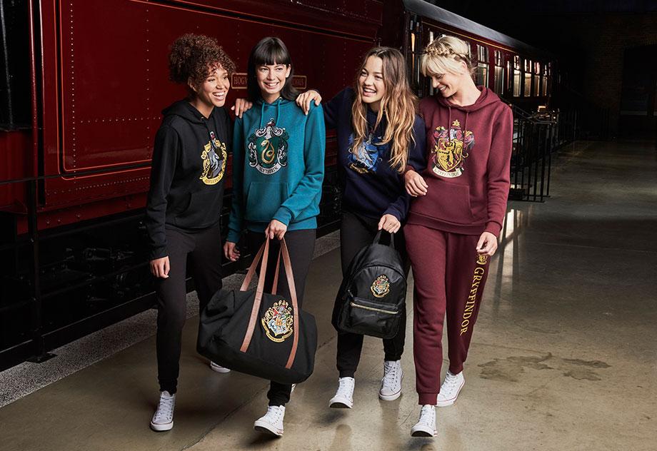 920-632-Primark-AW17-Womenswear-Harry-Potter-Tracksuits.jpg