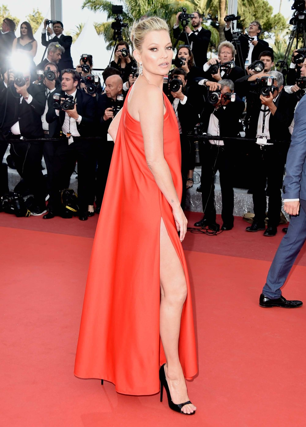 Kate Moss  wearing  Halston  at Cannes 2016
