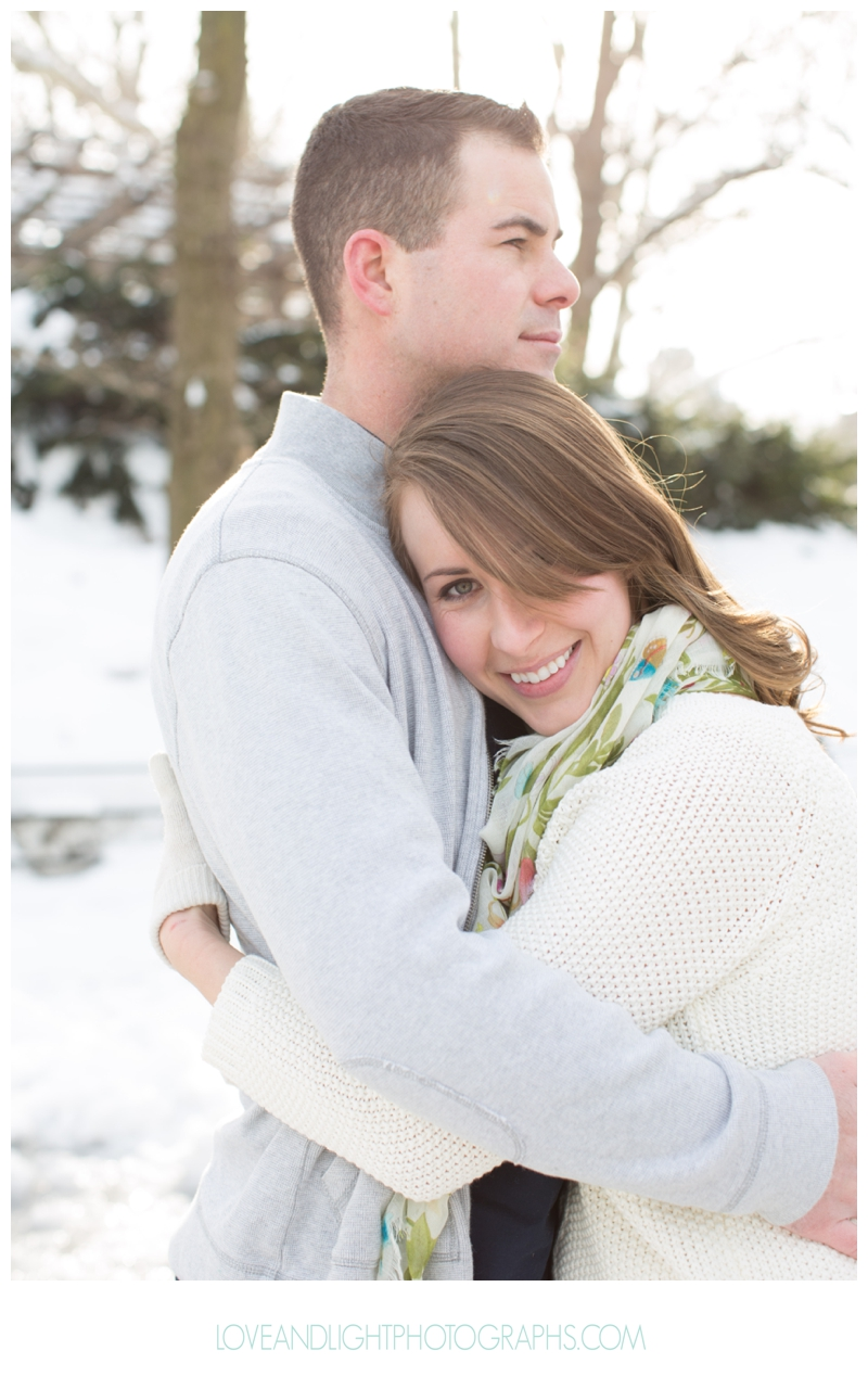 Central_Park_Winter_Engagement_Photos_NYC23.jpg