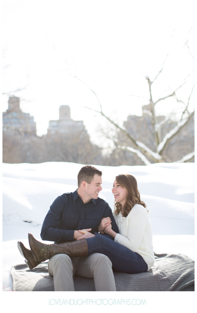 Central_Park_Winter_Engagement_Photos_NYC30.jpg