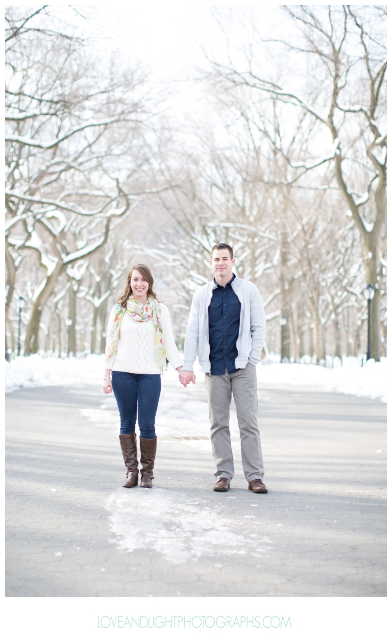 Central_Park_Winter_Engagement_Photos_NYC25.jpg