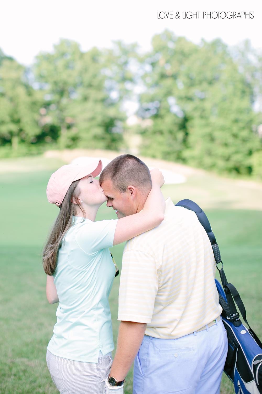 new-jersey-golf-course-engagement-photos-04.jpeg