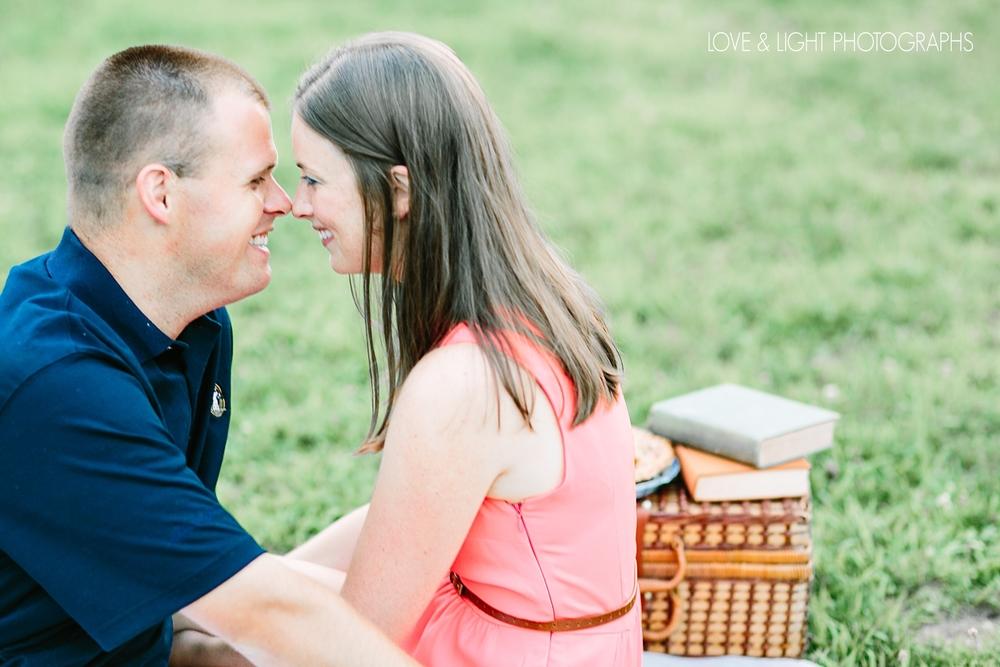 new-jersey-golf-course-engagement-photos-41.jpeg