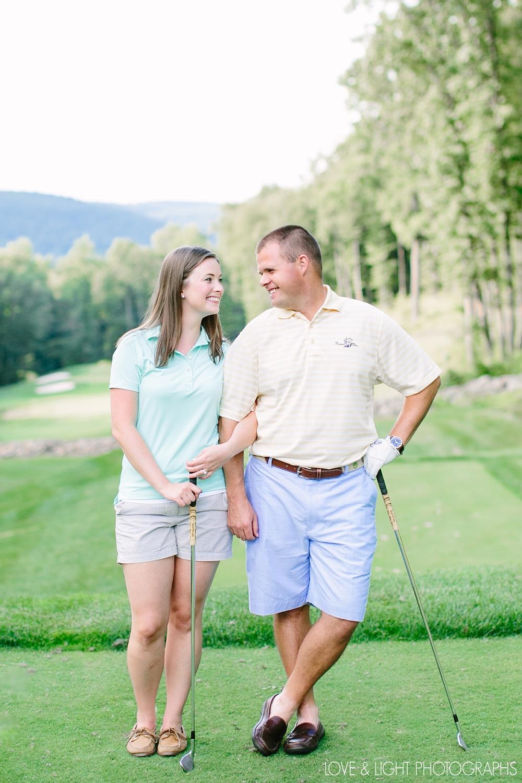 new-jersey-golf-course-engagement-photos-09.jpeg
