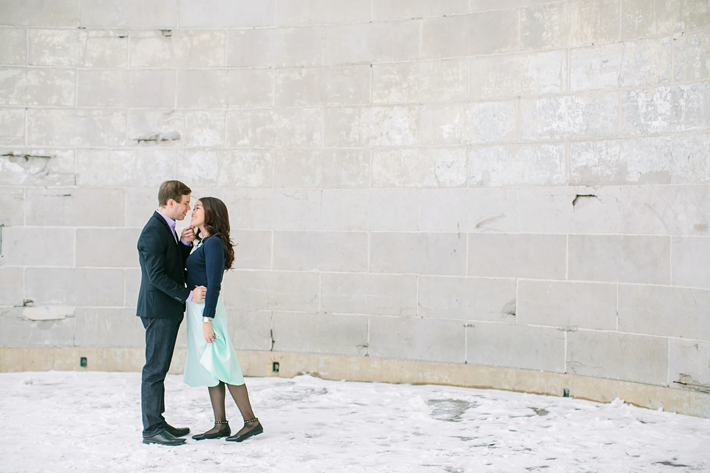 central_park_new_york_city_winter_engagement_photos_0010.jpg